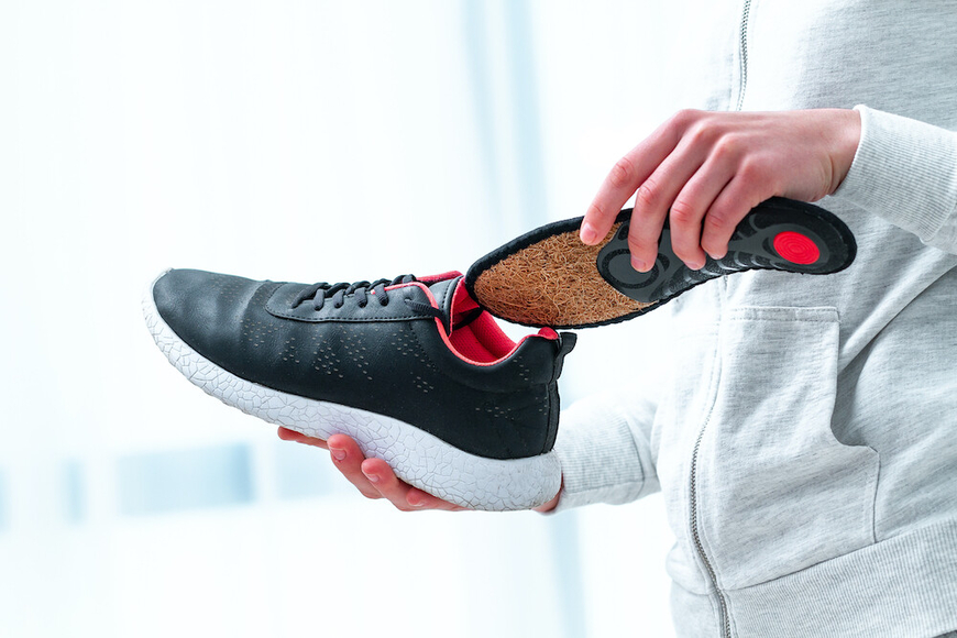 The Right Pair of Shoes for Postural Support